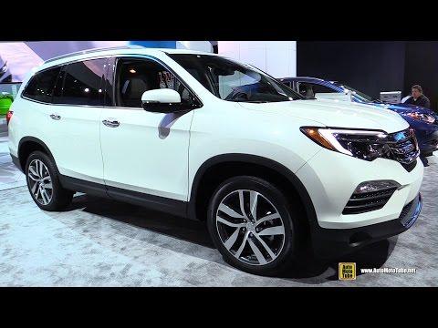2017 Honda Pilot Elite - Exterior and Interior Walkaround - 2017 Detroit Auto Show