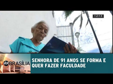 Senhora de 91 anos se forma no Ensino Médio