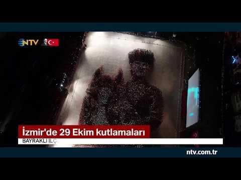 İzmir'de 6 bin kişi, Atatürk portresi oluşturdu