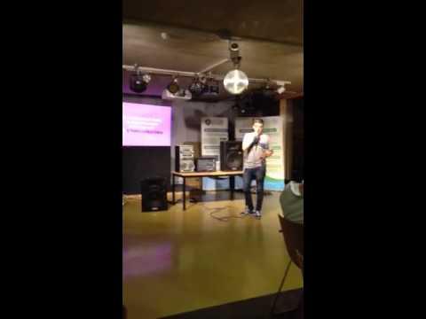 Luton Freshers Angel Karaoke - Disco does it his way.