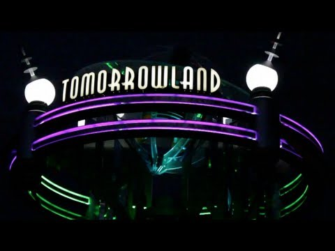 Tomorrowland! 3D (Interactive Guide to the Magic Kingdom)