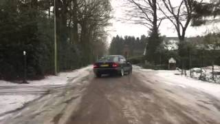 Mercedes Benz W202 C180 Sliding in the Snow. -Drift-
