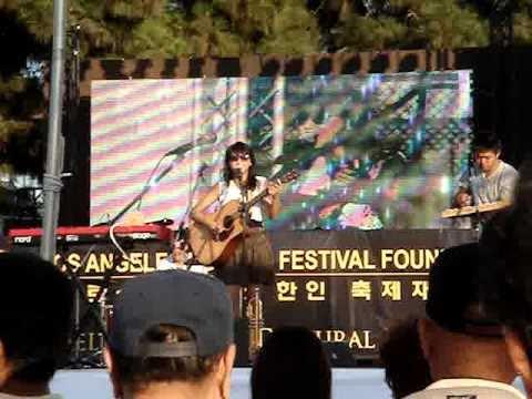 CLARA CHUNG LIVE LA K-FESTIVAL 002