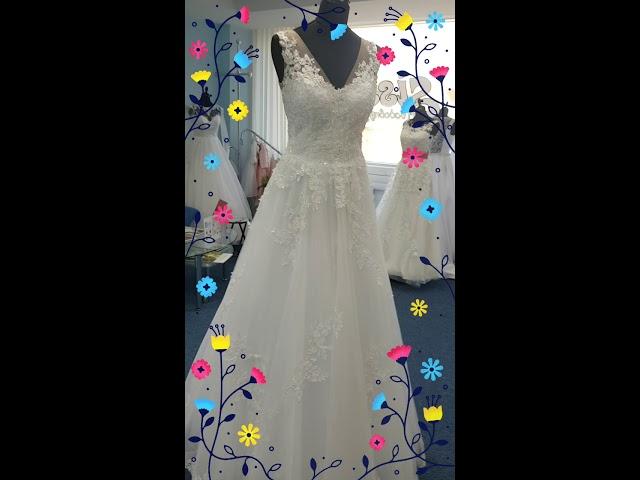 dae18ab93b78 29. septembra 2018. Svadobné šaty Svadobný salón SISSI Poprad