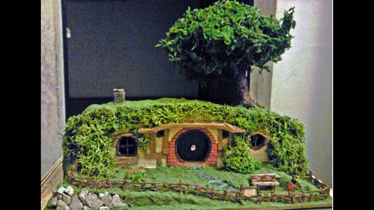 Como hacer una casa hobbit miniatura youtube - Casitas en macetas ...