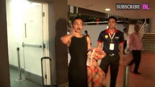 Repeat youtube video Radhika Apte spotted at Mumbai airport