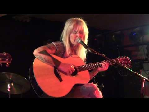 Lita Ford - Close My Eyes Forever Acoustic 2012