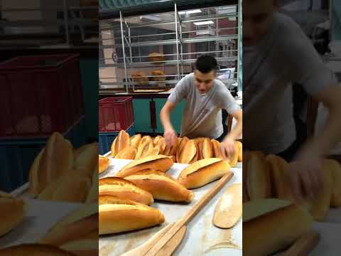 Bu Zamanda Ekmek Bulmak Zor Gönül Ekmek Bulursun Ama Sıcağını Bulamazsın Vay Deli Kanlı Gönlüm Vay