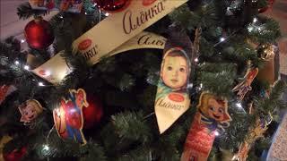 Срочно поднимаем себе настроение. Декор новогодних елок в ГУМе.