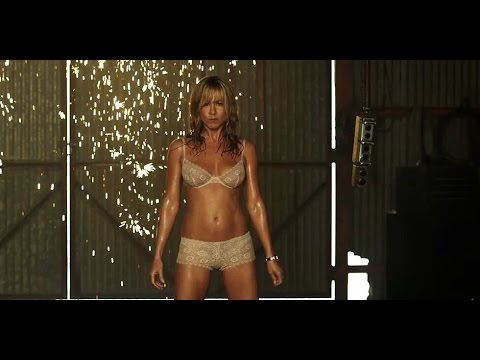 Jennifer Aniston striptease scene We're The Millers