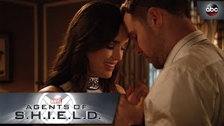 FitzSimmons Take Their Relationship to the Next Level - Marvel