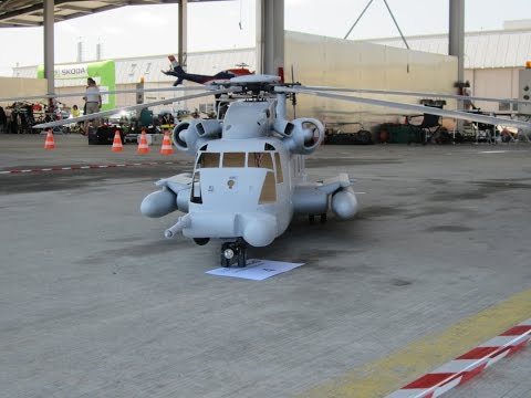 giant-scale-mh53-pave-low-r/c-model-helicopter-roll-start-uncut-flight
