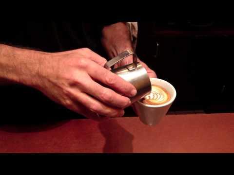 Cafe Venetia in Palo Alto - Latte Art