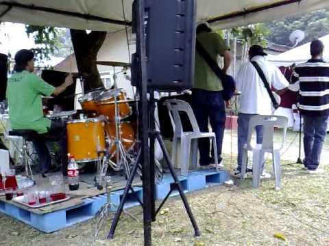 Siapa Laila Khalifah Universe Group Sg Buluh 2009 Chords Chordify