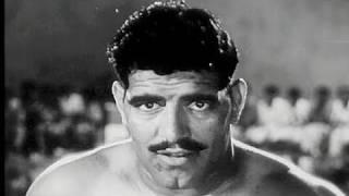 Repeat youtube video Om Prakash a Wrestling Champion - Pehli Jhalak Scene 11
