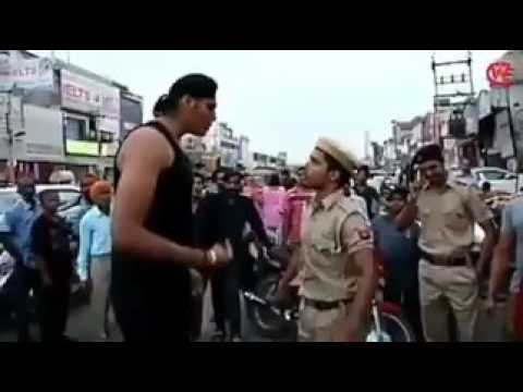 two shoking fight of indian police cought on camera