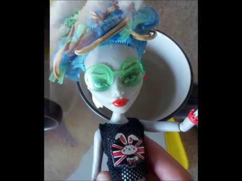 Как накрутить кукле монстер хай волосы