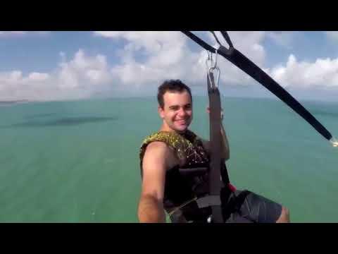 Que vôo show...Parasail e jatos da FAB no céu de Ponta Negra!