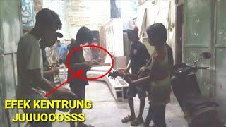 Mantap ! Pengamen Jalanan Surabaya Cover Lagu Jawa Gambang Suling