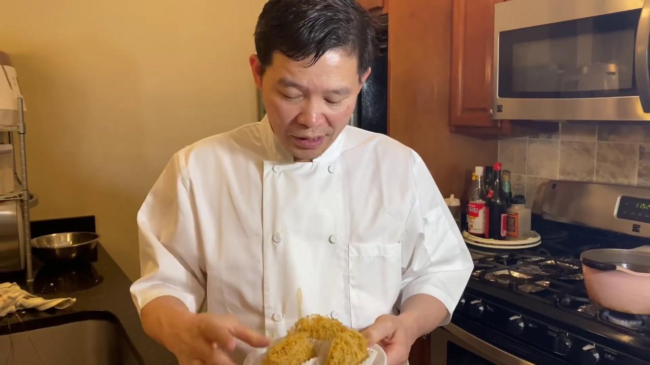 Bánh khoai môn nhân thịt chiên – Deep Fry Taro Dumpling