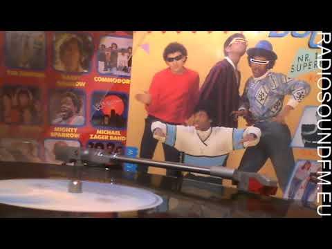 Electric Boogie Men - Breakdancing