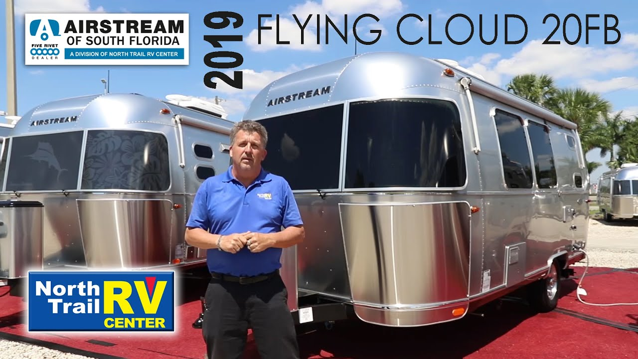 2019 Airstream Flying Cloud 20FB travel trailer