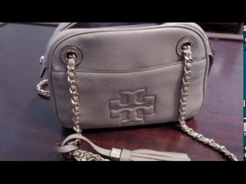 f7f8addc6b9 What's in my bag? Tory Burch Thea Crossbody purse! - YouTube