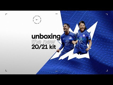 Unboxing the 2020/21 Home Kit with Out of the Blue | Chelsea
