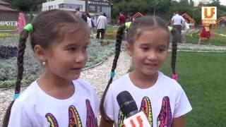 U News.В Казани состоялась встреча близнецов и двойняшек «двойное счастье»