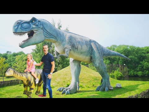 Rexy Dino - a little T-Rex in the World of Dinosaurs - Animated Film - Dinosaur Cartoon from YouTube · Duration:  7 minutes 41 seconds