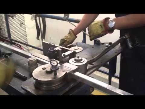 Square aluminum tube pipe bender & Square aluminum tube pipe bender - YouTube