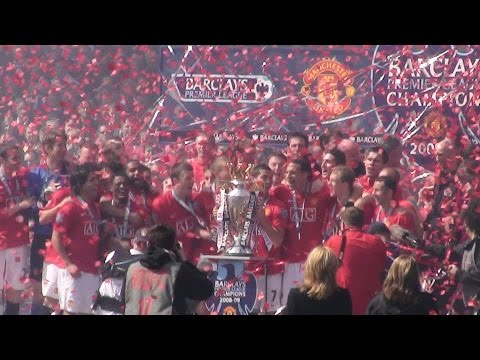 Amazing Fan Footage of the Premier League Trophy Presentation at Old Trafford 16.05.2009