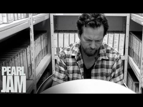 Eddie Vedder - Mind Your Manners - Lightning Bolt Vignette - Pearl Jam