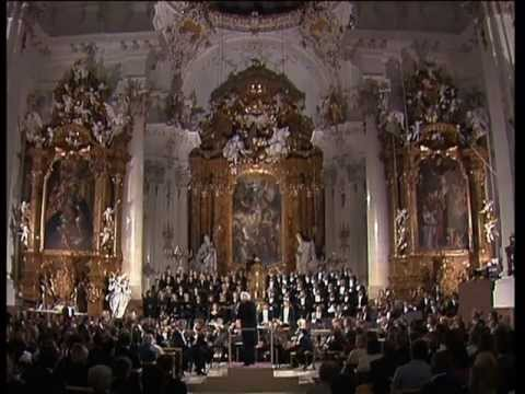 Wolfgang Amadeus Mozart - Requiem [Confutatis/Lacrimosa]