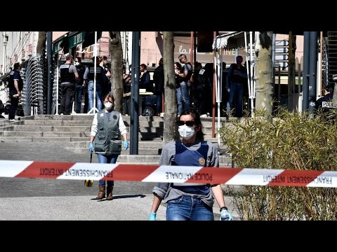 ?? عاجل: قتيلان وجرحى في هجوم بالسكين جنوب شرق فرنسا  - نشر قبل 3 ساعة