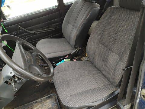 Замена передних сидений ВАЗ 2101-2107. Бюджет 2000 руб.