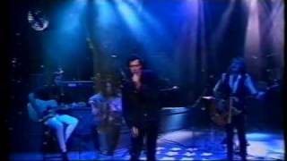 The Screaming Jets - Shivers - Tonight Live 1993