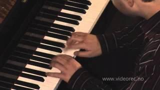 W.A.Mozart: Allegro kv 9a, piano: Jesper Holmkvist Svenssen