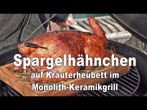 Spargelhähnchen Auf Kräuterheubett 4k