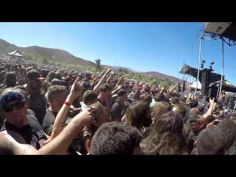 "Suicide Silence - ""Doris"" + You Only Live Once (Knotfest 2016)"