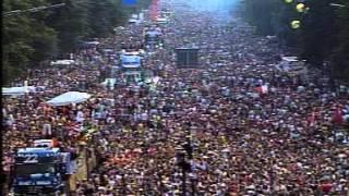 CHRIS LIEBING   Live @ Loveparade, Siegessäule Berlin 12 07 2003