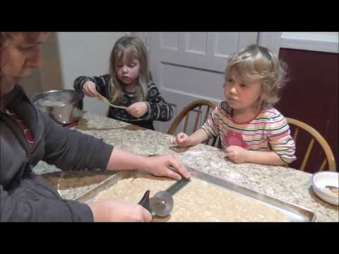 Vlog 12-13-16 Cooking With Mommy and Mary