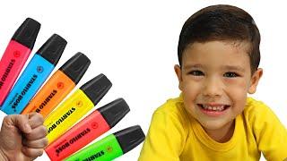 Rafael finge brincar com sua caneta mágica - Preschool toddler learn color تعليم الالوان بالانجليزي