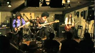 Web http://sinlizzy.cool-music.org/ Mail sinlizzy@gmail.com.