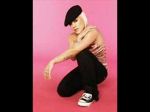 Pink - Leave me alone