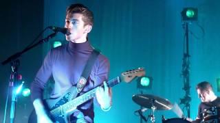 Arctic Monkeys - Black Treacle (live@Casino de Paris)