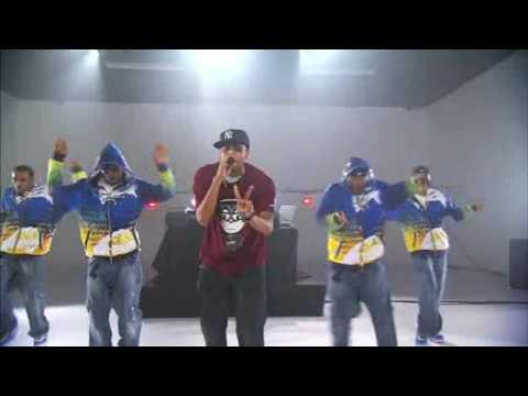 Chris Brown - Wall to Wall Soundcheck Walmart