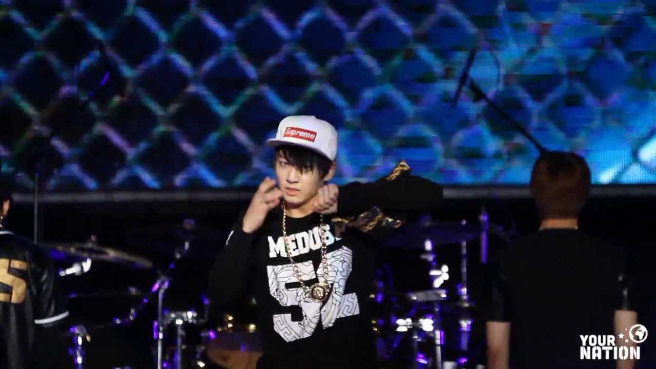 K_Popzine: Jung Kook - 2 Cool 4 Skool (Photoshoot) |Jungkook Bulletproof