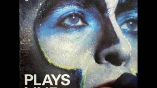 Peter Gabriel - Solsbury Hill (Plays Live)