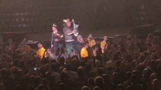 Green Day Live in Pittsburgh, PA | King for a Day / Shout